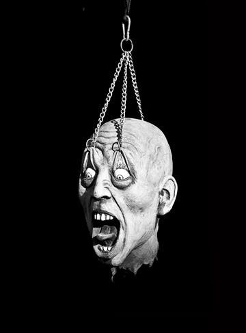Horror Palace Head Hung High
