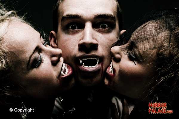 Vampire-threesome