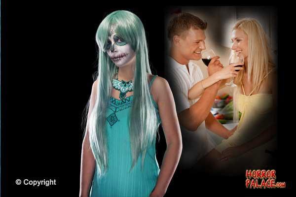 skull-girl-blue-couple-drinking-wine