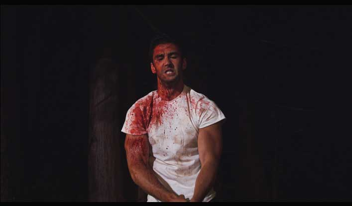 Dark-Cove-Eliot-Bayne-Ian-Bloodied